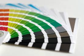 Come stampare un documento, un'immagine o un altro file