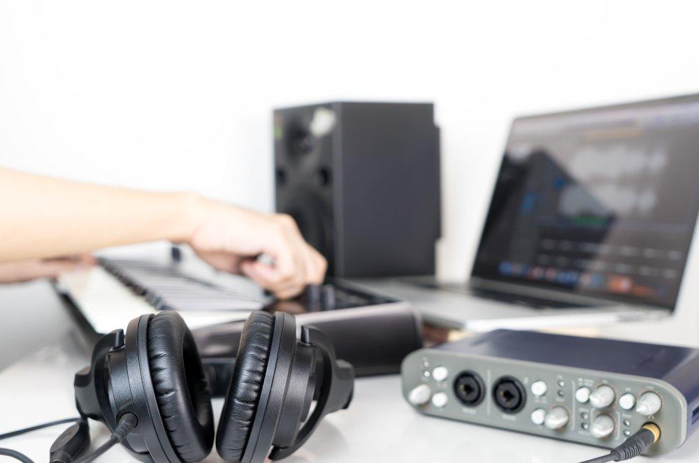 Ritaglia canzoni: migliori programmi e servizi web per tagliare file audio gratis