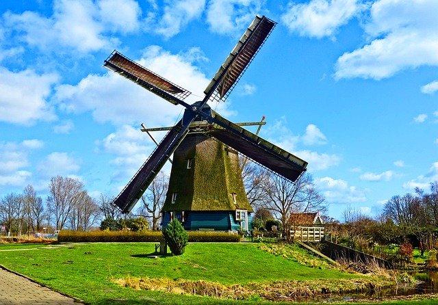 Traduzioni asseverate dall'olandese all'italiano con validità giuridica